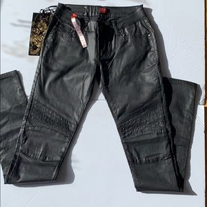 Liquid leather jeans